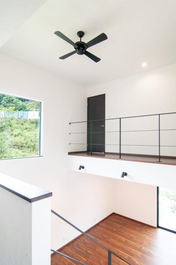 【佐用郡 注文住宅 33坪】<br>スキップフロアと緑の景色で開放的なお家