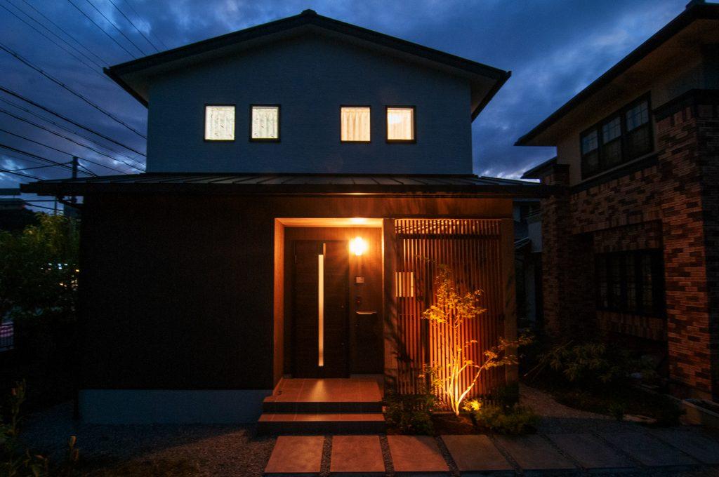 【佐用郡 注文住宅 35坪】<br>無垢材の温かみを感じる明るい和モダンのお家